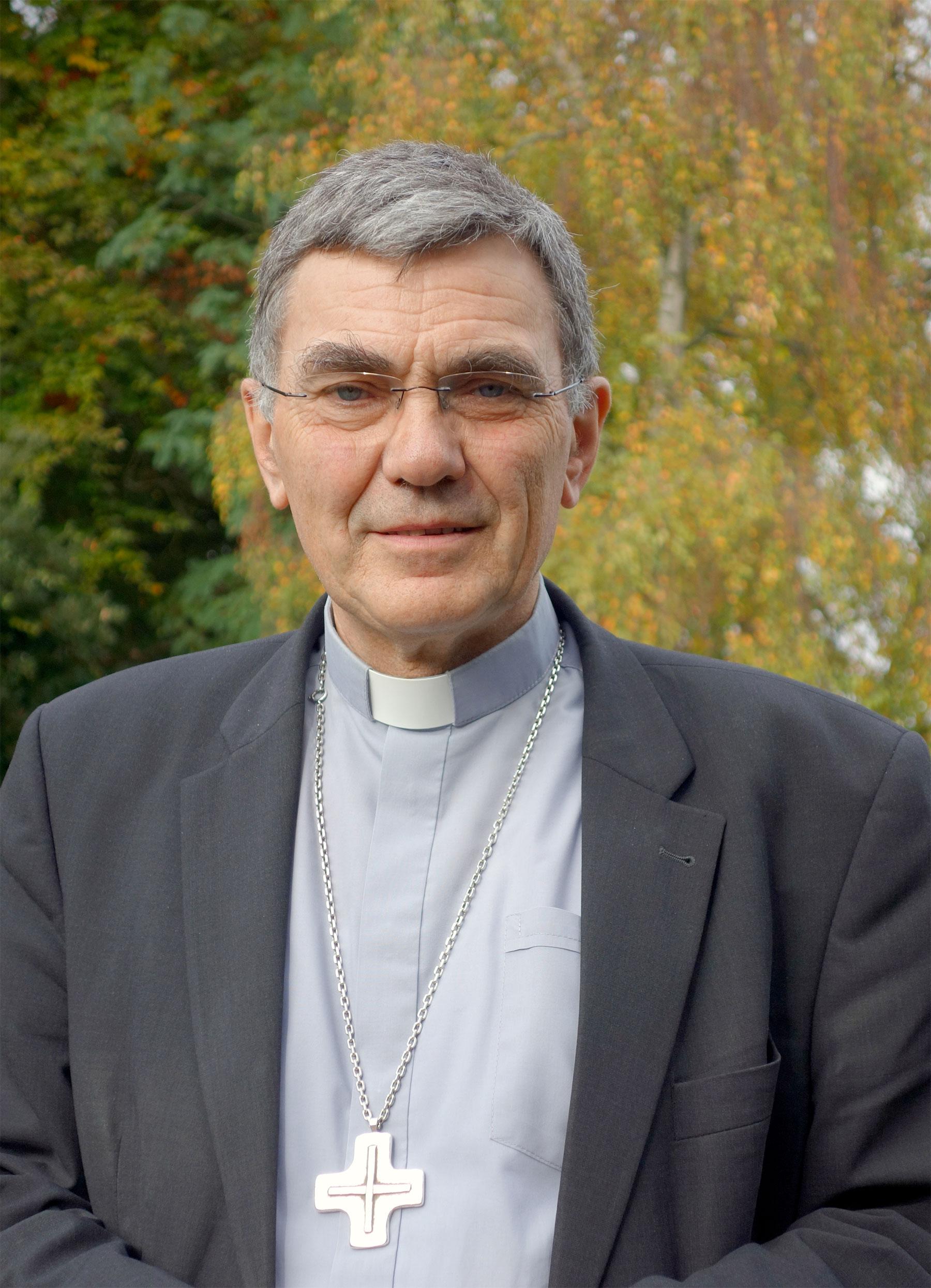 Photo de Mgr Denis Moutel, évêque de Saint-Brieuc et Tréguier
