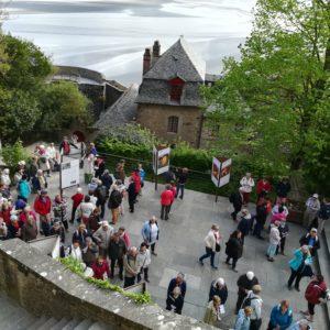 Pèlerins au Mont Saint-Michel