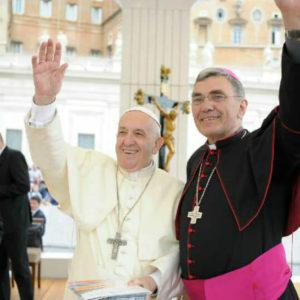 Pape Francois et Mgr Denis Moutel