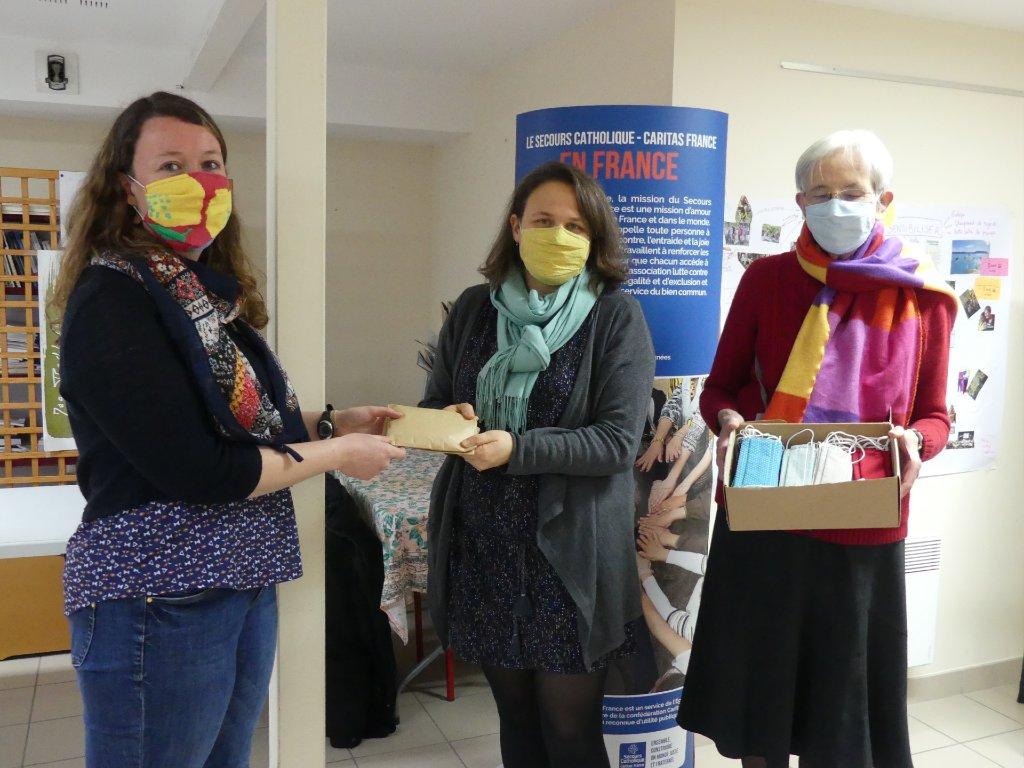 """opération """"masques en tissu"""" pour le secours catholique"""
