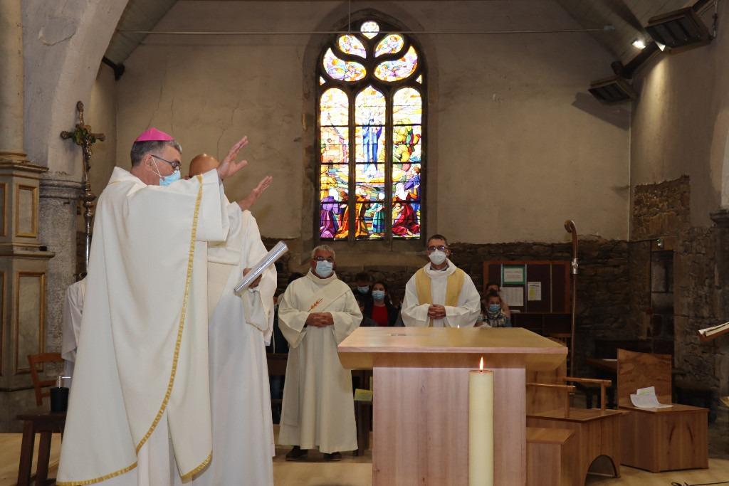 Bénédiction du nouveau choeur de l'église de Plérin
